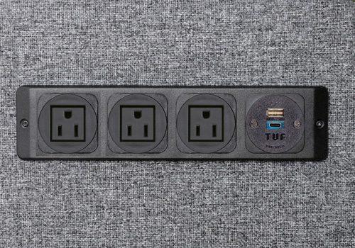 powerunit-panel-charging-USB